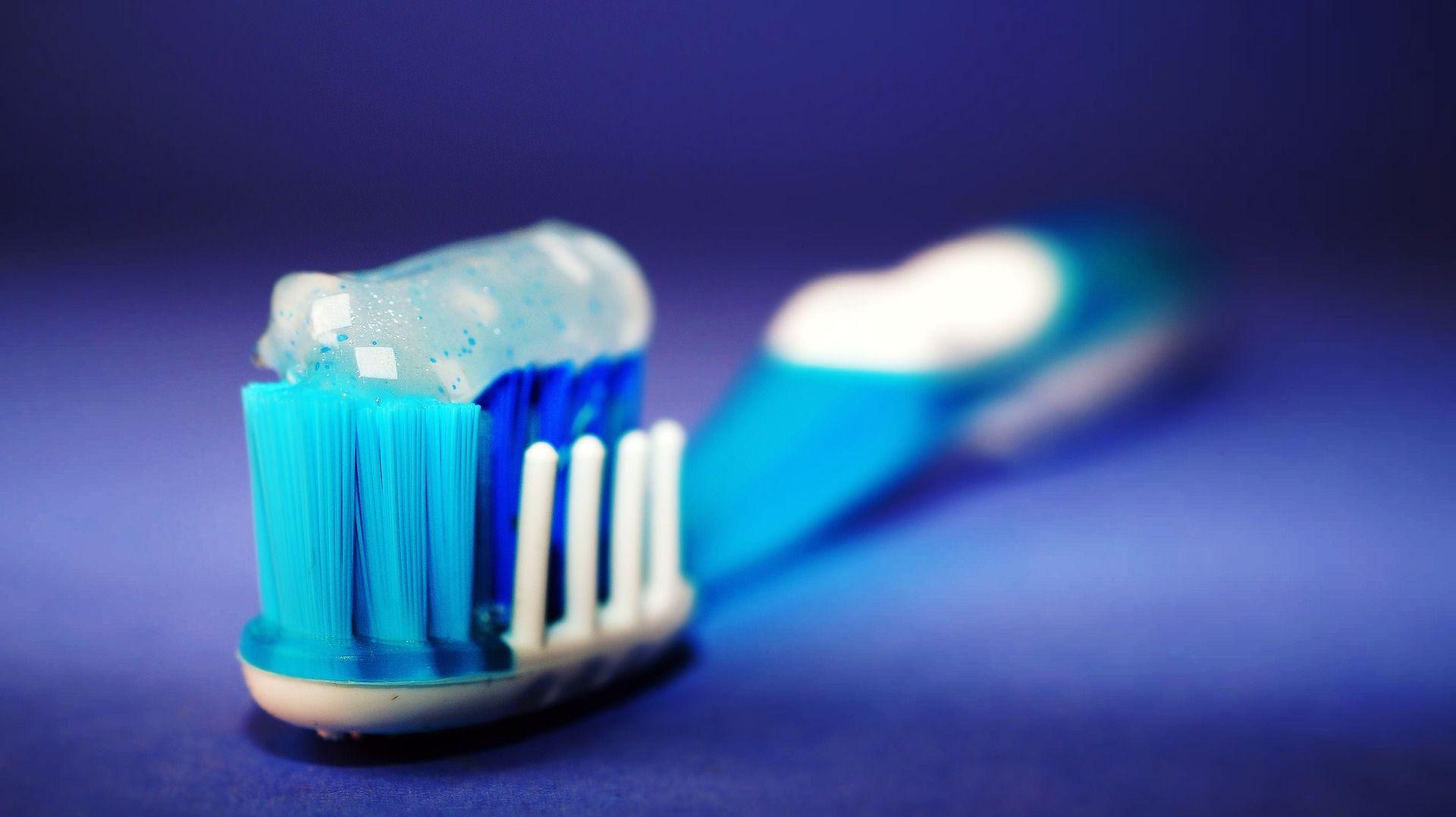 Si quieres prevenir la halitosis es importante que sigas una buena limpieza dental