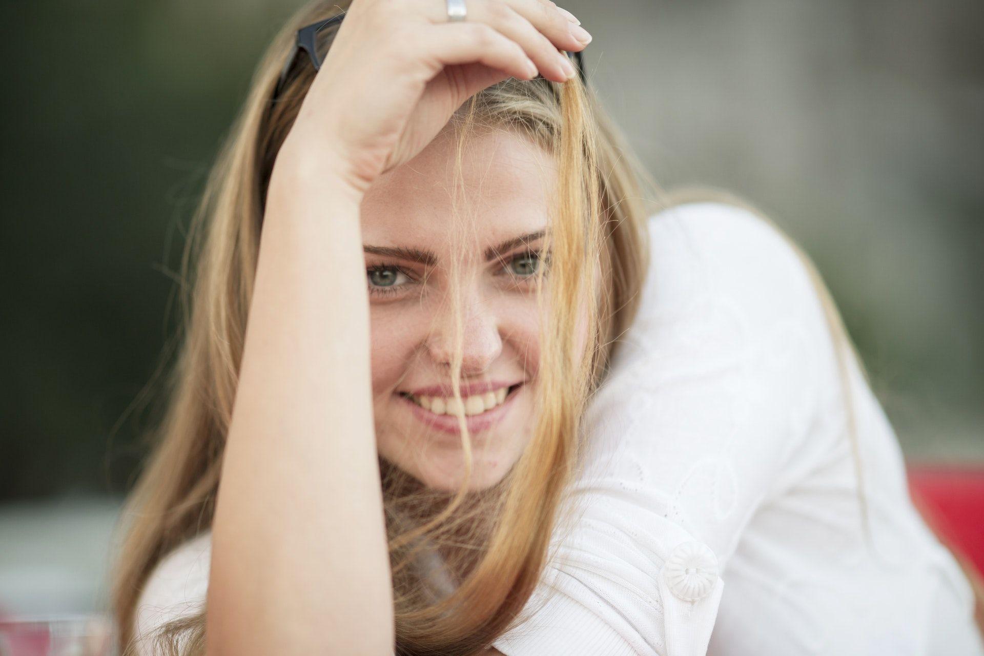 Entre las ventajas de las carillas dentales se encuentran su resistencia o su rápida colocación