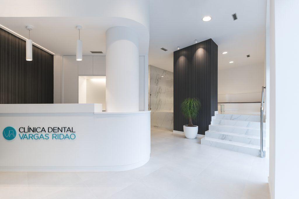 Recepción de la clínica dental en Vigo Vargas Ridao